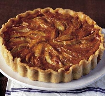 Caramel custard apple tart