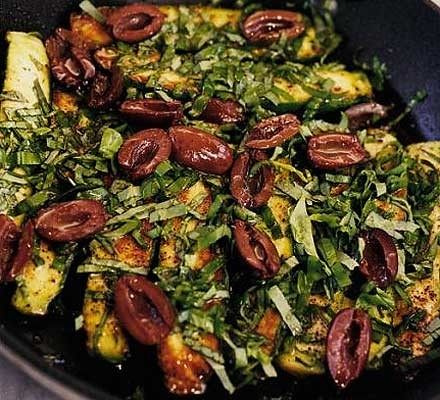 Hot marinated courgettes