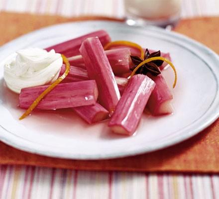 Roasted rhubarb with mascarpone
