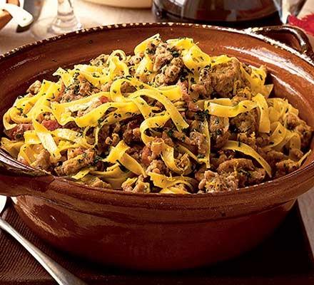 Tagliatelle with a lemon pork ragù