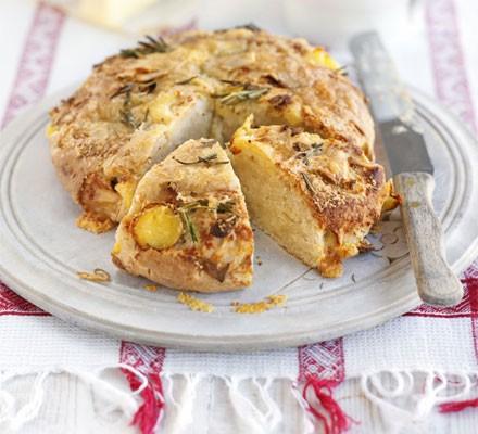Cheese, rosemary & potato loaf