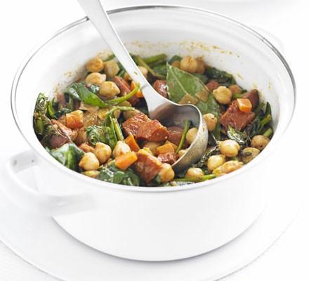 Chickpea, chorizo & spinach stew