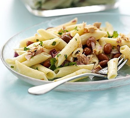 Speedy tuna pasta salad