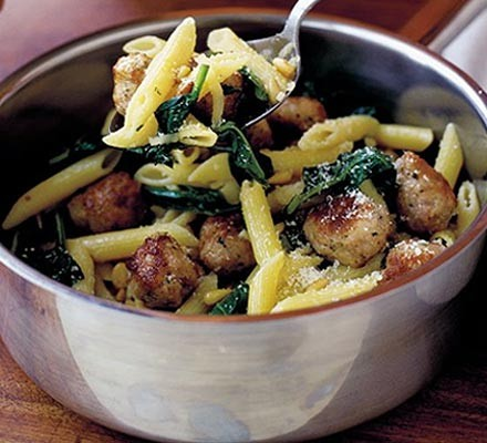 Instant meatballs with penne pasta