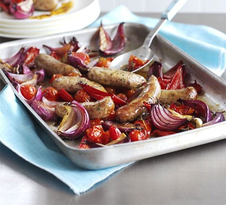 Balsamic roasted sausages with red veg