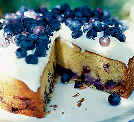 Blueberry soured cream cake with cheesecake frosting_image