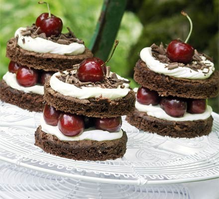 Little Black Forest cakes