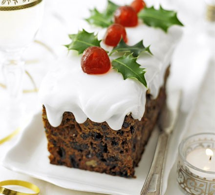 Snow-topped holly cakes