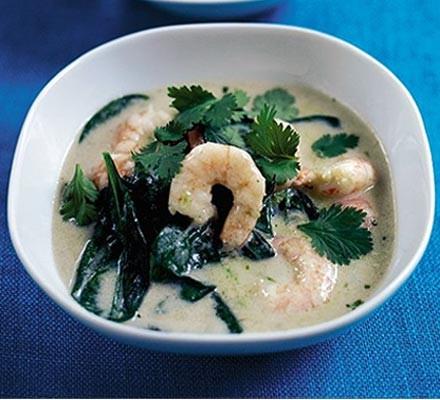 15-minute prawn curry