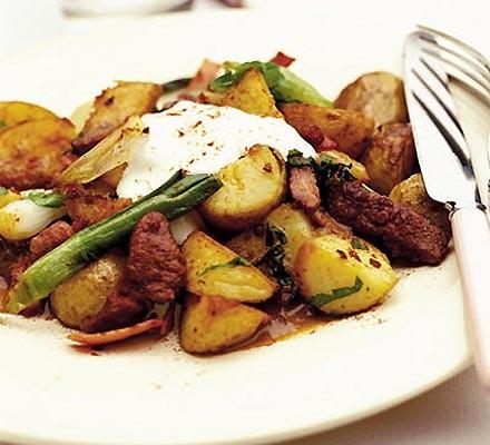 Liver & bacon sauté with potatoes & parsley