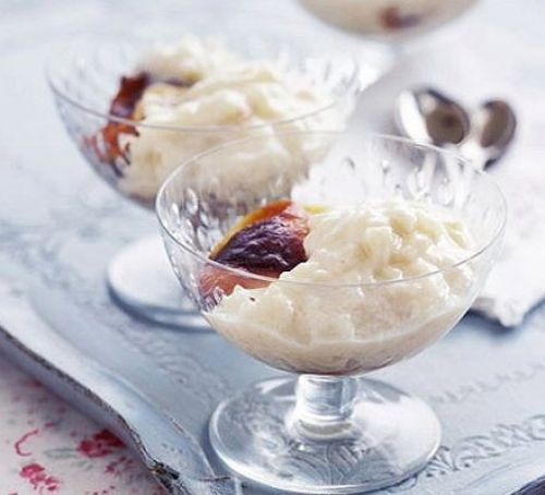 Two rice puddings in glasses