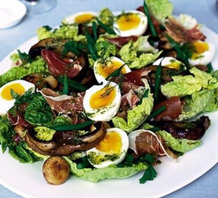 Mixed mushroom & ham salad