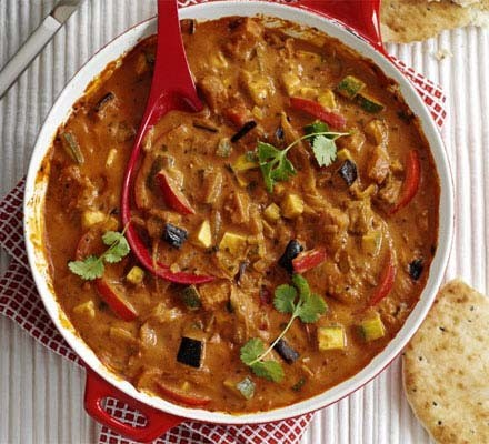 Vegetable curry for a crowd