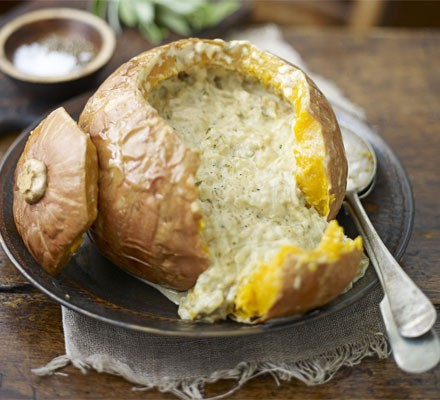 Baked pumpkin with cream & onions