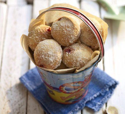 Hot sugared doughnuts_image