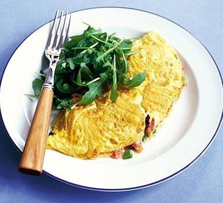 Melting tomato & basil omelette