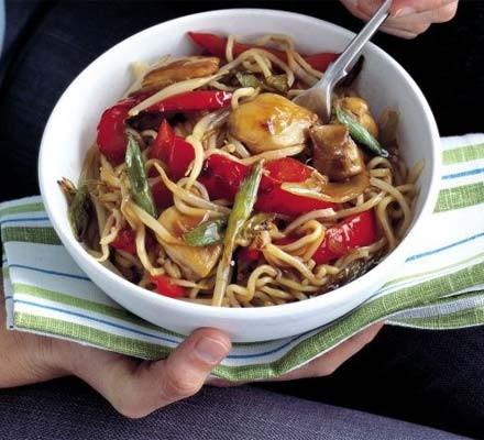 Quick chicken noodles