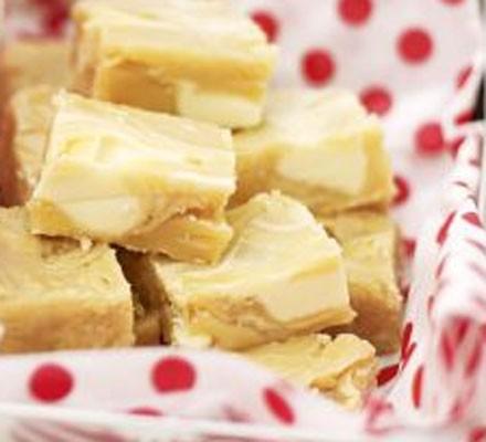 White chocolate chip fudge