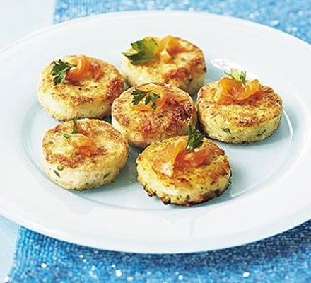 Salmon & lemon mini fish cakes