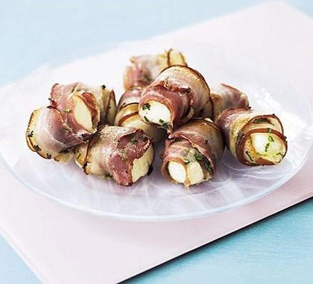 Halloumi & bacon rolls