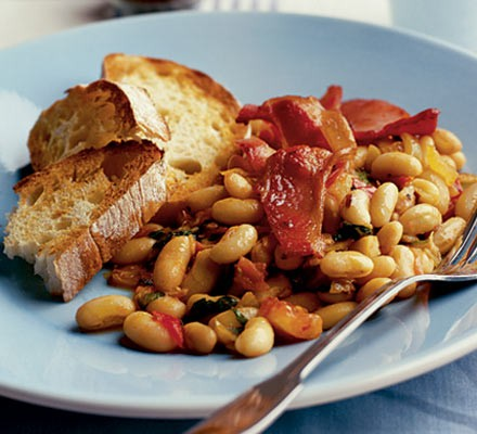 Smoky beans with basil & bacon