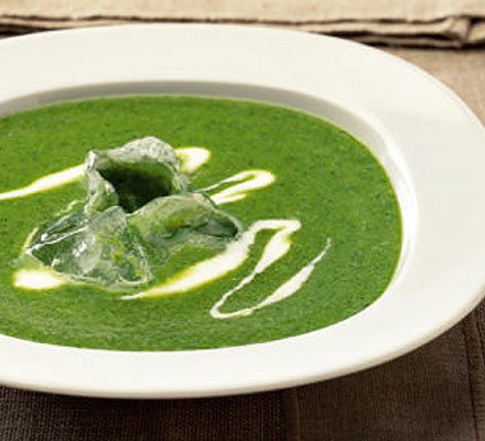 Chilled pea & watercress soup