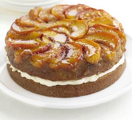 Upside-down peaches & cream cake