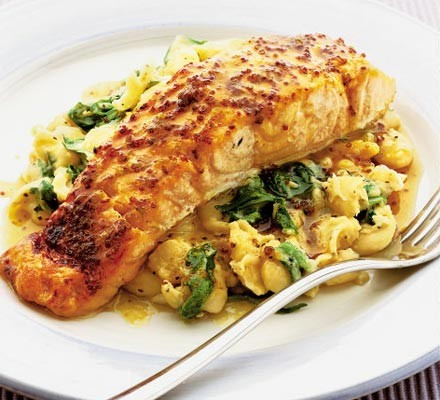 Sizzling salmon with bean mash