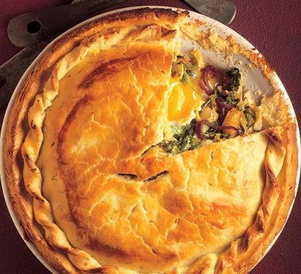 Fresh Savoy, red onion & egg pie