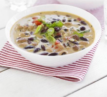 Simple coconut & bean soup