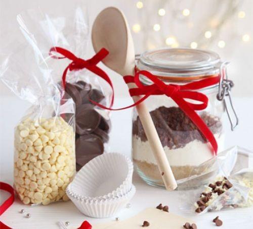 Glass gift jars of cupcake mixture
