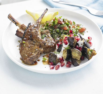 Grilled marinated lamb cutlets