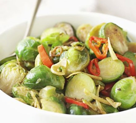 Spicy stir-fried sprouts
