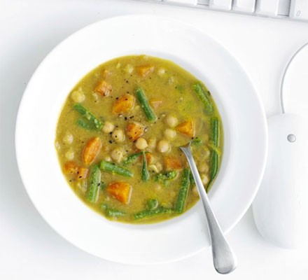 Indian chickpea & vegetable soup