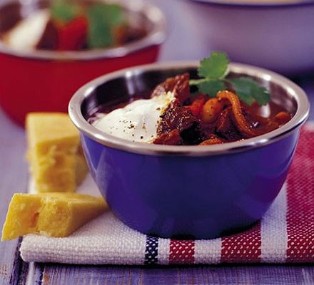 Spicy beef stew with beans & peppers
