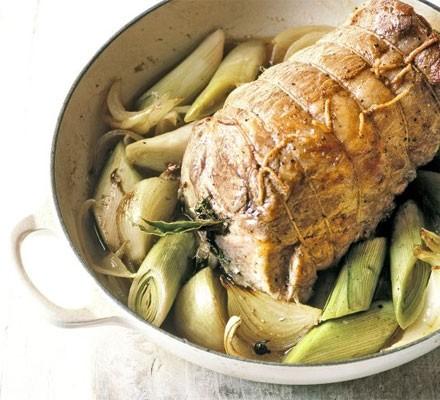 All-in-one leek & pork pot roast
