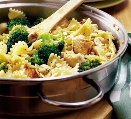 15-minute chicken pasta