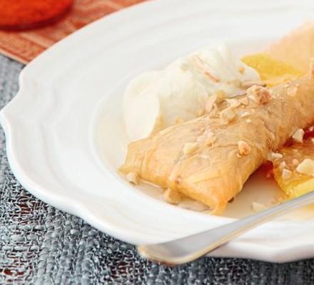 Almond & honey pastries with orange cream