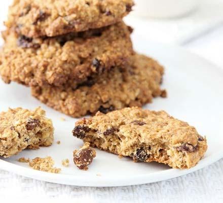 Orange, oat & sultana cookies