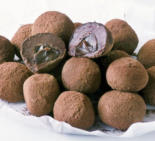Chocolate truffles with melting middle truffles