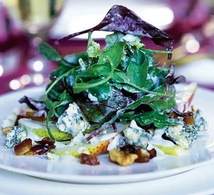 Pear, date & walnut salad with creamy stilton dressing_image
