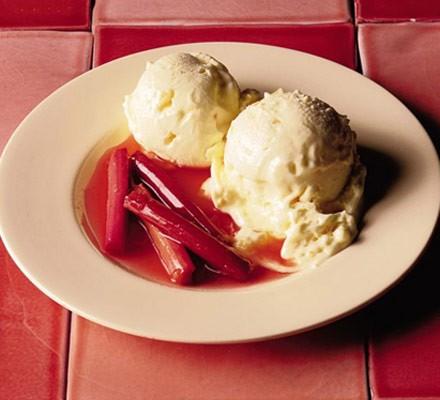 Clotted cream & ginger ice cream