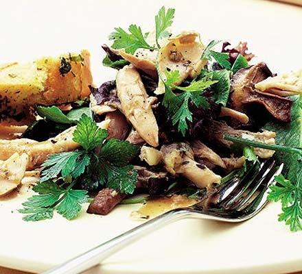 Warm chicken salad with garlic mushrooms