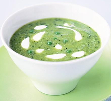 Easy pea & mint soup
