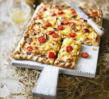 Smoky cheese & onion tart