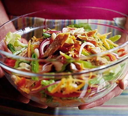 10-minute tuna & bean salad
