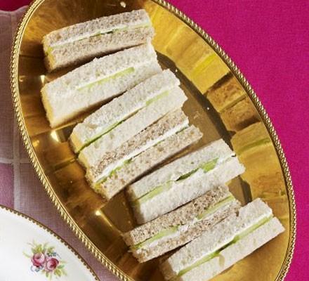 Cream cheese & cucumber fingers