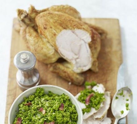 Curry-spiced chicken with a tartare of peas