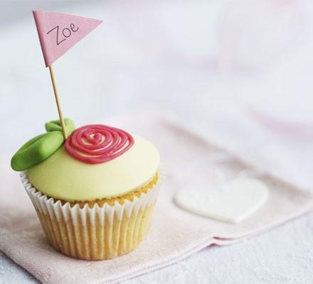 Little rose & almond cupcakes
