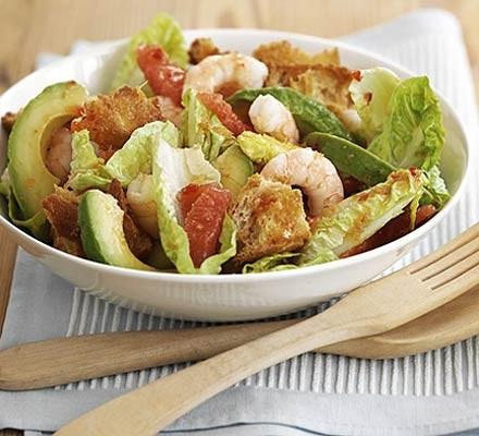 Prawn, grapefruit & avocado salad